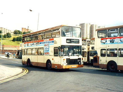 Van Hool McArdle bodied Volvo Ailsa 392 (LWB392P) on Harmer Lane on 5th August 1985.