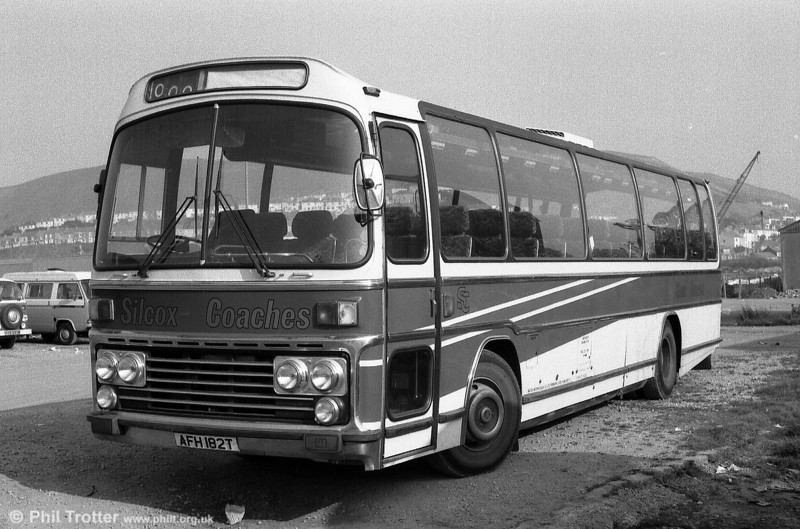 Seen with Silcox, this Leyland Leopard/Plaxton C53F was originally National Travel (South West) 182.
