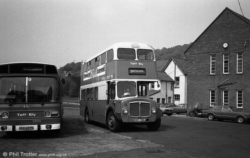 Taff-Ely AEC Regent V/Metro-Cammell H34/26F no. 4 (NNY 761E).