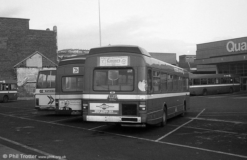 Alder Valley Leyland National B49F 189 (GPJ 889N) on hire to SWT at Swansea.