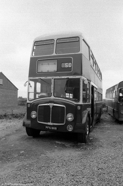 One of East Kent's AEC Regent Vs with full-front Park Royal FH40/32F bodywork. PFN 868 dates from 1959.