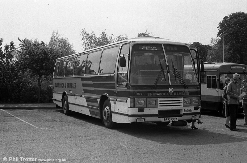 Shamrock & Rambler 3106 (BPR 106Y), a 1983 Leyland Tiger/Duple Laser C50F.