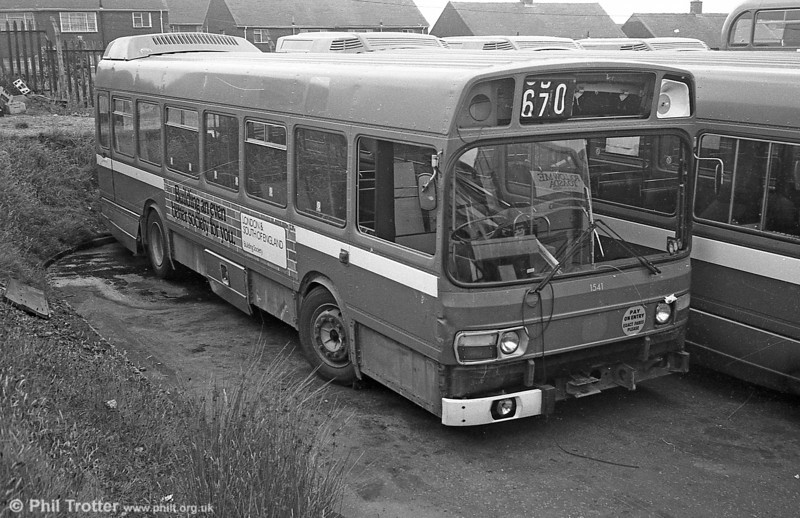 Three of East Kent's short Leyland National B41F were purchased by SWT and used for spares. These were 1541/2/5 (GFN 541/2/5N). This is 1541 at Ravenhill, Swansea.