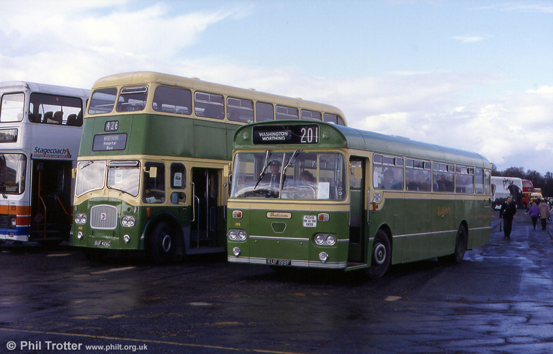 Southdown 199 (KUF 199F), a Leyland Leopard/Marshall at Cobham in 1998.