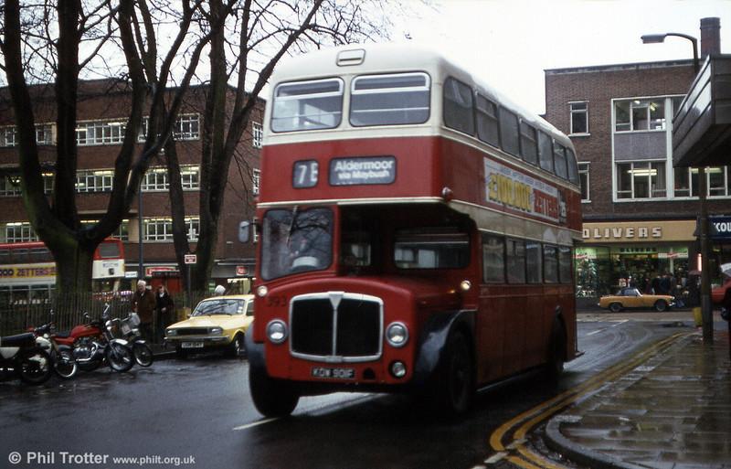 SCT 393 (KOW 901F), a 1967 AEC Regent V 3D2RA/Neepsend H40/30R.