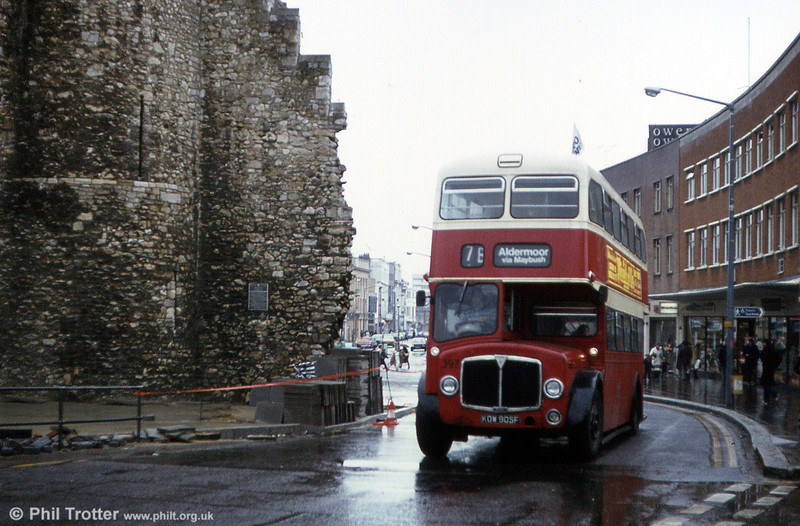 Southampton 397 (KOW 905F) splashes through the City Centre. The Regents were withdrawn from Southampton in August 1981.