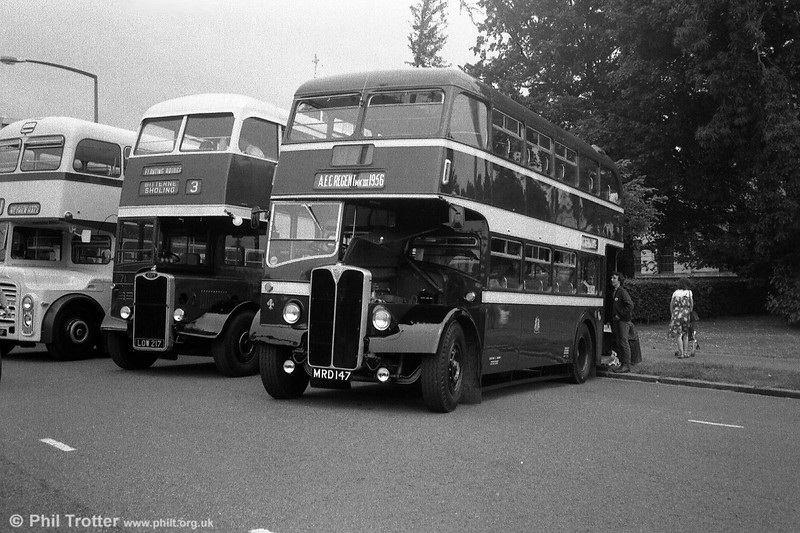 Reading 4 (MRD 147), a 1956 AEC Regent III/Park Royal L27/26RD, photographed at a Cardiff Bus Rally.