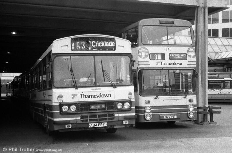 Thamesdown 14 (A94 FRY), an ex-Leicester Citybus 1984 Dennis Falcon/Duple B52F.