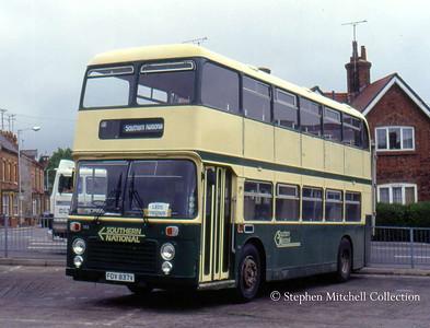 Southern National Bristol VRT/ECW 1193 (FDV837V) in Yeovil Bus Station.