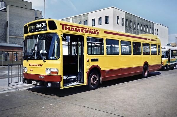 1868 YEV326S, Southend 22/5/1991