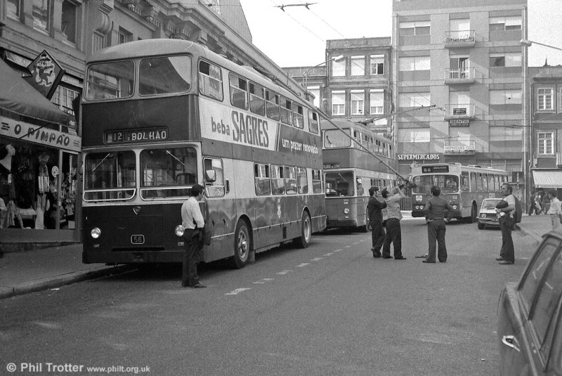 An occupational hazard of trolleybus operation was having to deal with defective trolleyheads!
