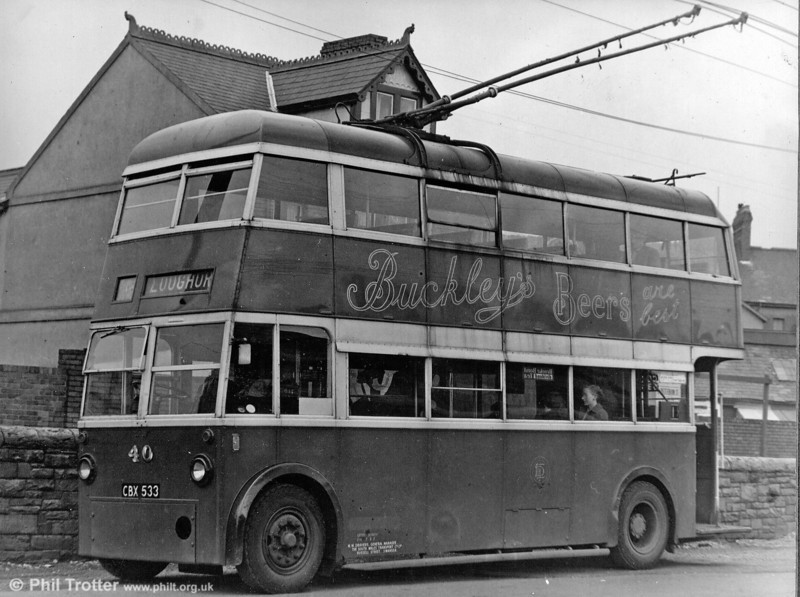 Llanelly & District Traction 40 (CBX 533) a 1945 Karrier W/Roe H30/26R seen near the railway station.