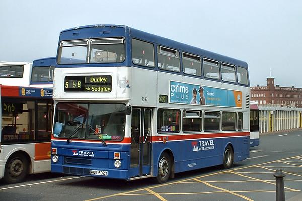 2532 POG532Y, Wolverhampton 26/4/2004