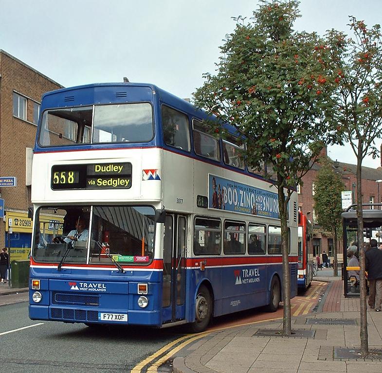3077 F77XOF, Wolverhampton 30/9/2004