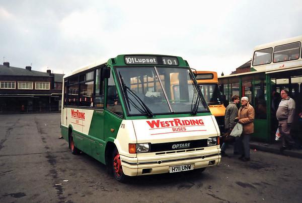 711 H711UNW, Wakefield 2/3/1991