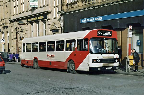 144 LRB205W, Morley 13/2/1992