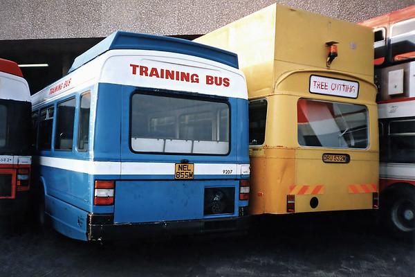 9207 NEL855M and 3532 ORU532M, Poole 6/7/1991