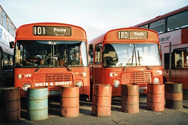 3849 AFB585V and 3856 AFB592V, Poole 6/7/1991