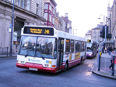 Stagecoach Volvo B6BLE 31956 (V506EFR), still in Tracky livery, Westgate, 25th November 2006