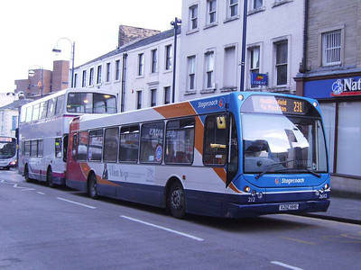 Stagecoach 26112 (X212HHE), another DAF SB220s, Kirkgate, 25th November 2006