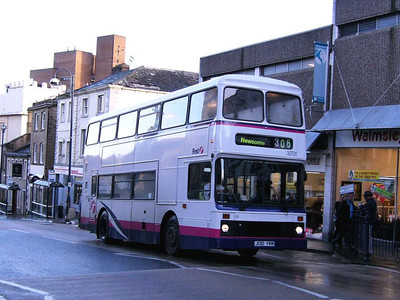 First 30731 (J130YRM), a Northern Counties bodied Leyland Olympian, Kirkgate, 23rd November 2006