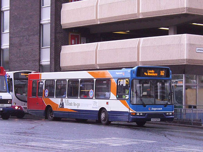 Stagecoach East Lancs bodied Volvo B6BLE 31954 (V504EFR) waiting for the lights at the Bus Station exit, 25th November 2006