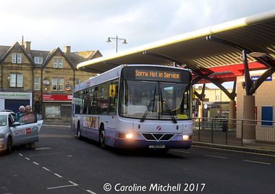 First 60172 (T919SSF), Pudsey Bus Station, 14th October 2017