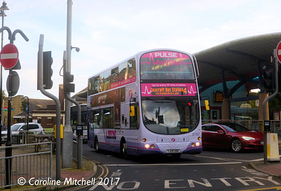 First 37707 (YJ09OBB), Pudsey Bus Station, 14th October 2017
