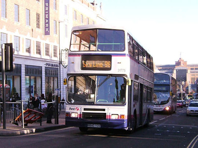First 31775 (R940YOV), an Alexander bodied Volvo Olympian, The Headrow, Leeds, 16th December 2006