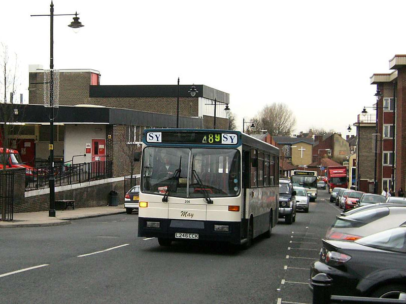South Yorkshire Motors, now defunct, were operating 206 (L246CCK), a Volvo B6/Alexander in November 2006