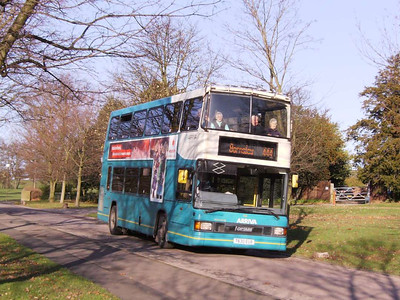 Coming down the road to Bretton Campus is Arriva Yorkshire Optare Spectra 630 (T630EUB)