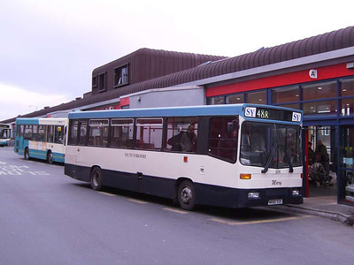 South Yorkshire Motors 209 (M680SSX), an Alexander bodied Volvo B6, Pontefract Bus Station, 30th November 2006