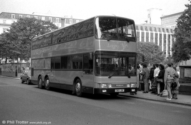 Central Coachways 1901 (C901 JOF), a 1986 MCW/CH53/16Ct.