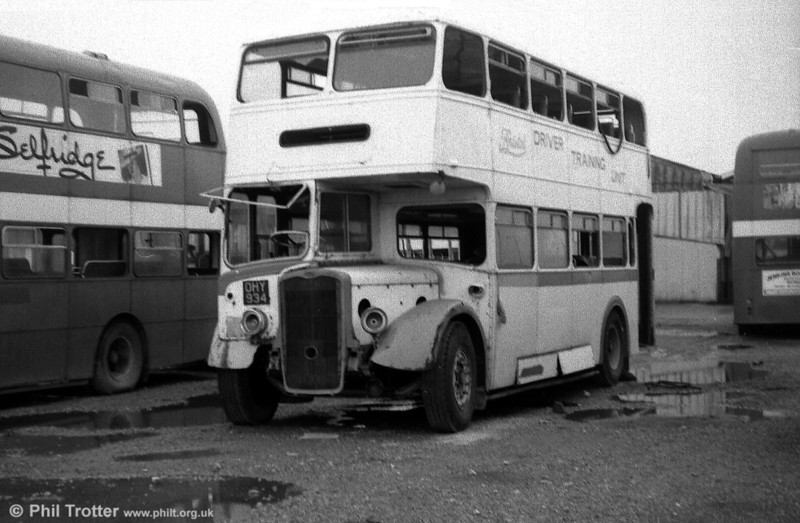 1952 KSW6G/ECW L27/28RD 8087 (OHY 934) seen at SWT's Port Talbot depot.