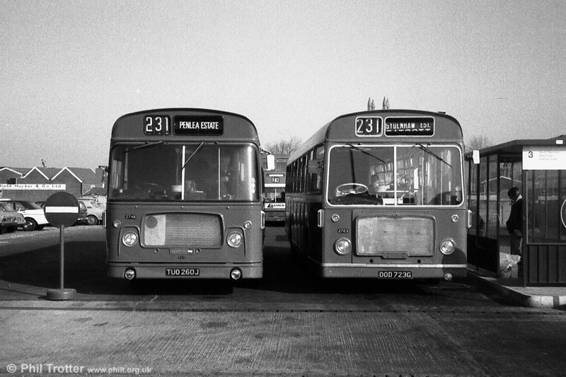 A contrast in Bristol RE fronts. The newer model is 2748 (TUO 260J), a 1971 RELL6G/ECW B53F. Next to it is 2723 (OOD 723G), a 1969 version of the same type.