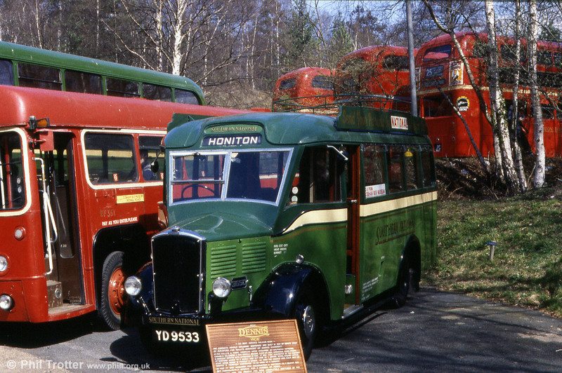 Southern National 3650 (YD 9533), a 1934 Dennis Ace with a Dennis B20F body.