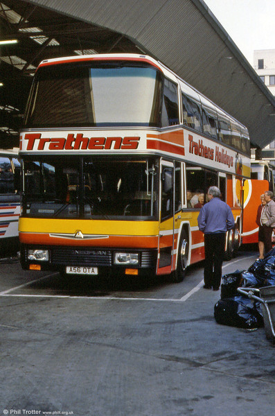 Trathens 56 (A56 OTA) a 1984 Neoplan/CH55/20Dt seen at Victoria.