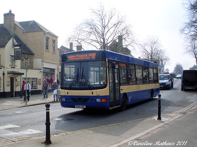 RH Buses 603 (R846VEC), Witney, 28th March 2011