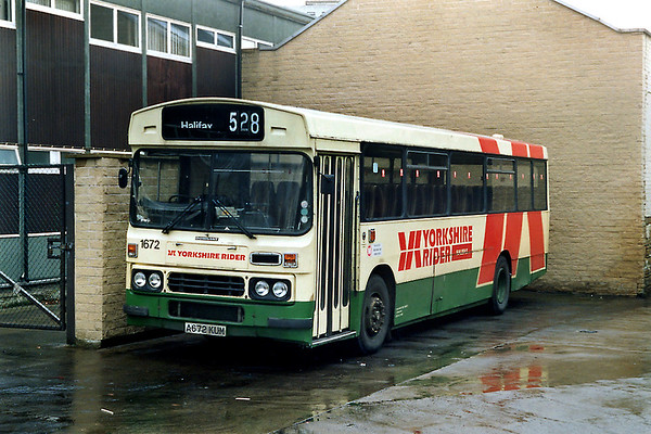 1672 A672KUM, Halifax 9/2/1992