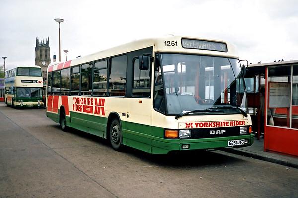 1251 G251JYG, Leeds 10/5/1991