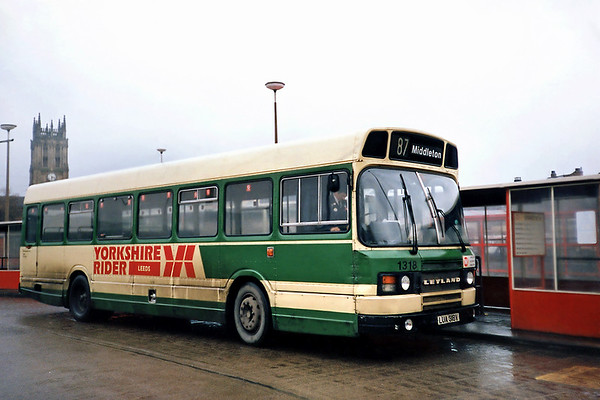 1318 LUA318V, Leeds 22/2/1991