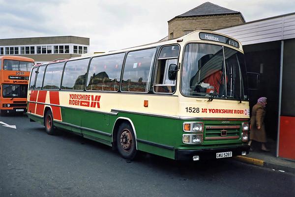 1528 GWU528T, Huddersfield 5/6/1991