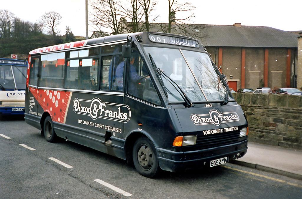 552 E552YKW, Holmfirth 20/4/1991
