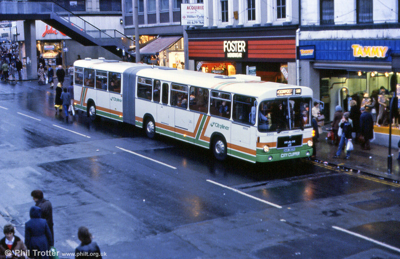 SYPTE MAN SG192R/Goppel AB59D 2003 (DAK 303V) picks up Christmas shoppers at Sheffield in December 1979.