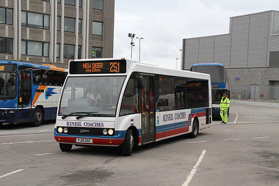 YJ10OAC arrives at Union Square, Aberdeen