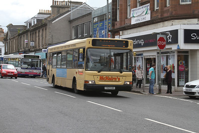 McNairn's T421KAG is a podded Dart westbound on Main Street, Wishaw