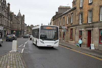 The new face on the Linlithgow Town Service in place of First.  I didn't particularly like the route but that was probably because of the shed allocated to it....