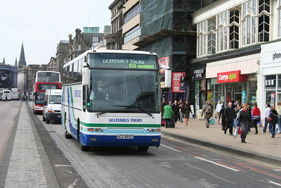 ACZ6693 eastbound on Princes Street with the lunchtime 923 arrival