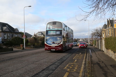 815 climbs up Queensferry Terrace