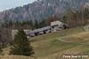 Feriensiedlung Mooshütte. Gemäss NIKE zwischen 1963 und 1986 in mehreren Etappen vom Raumkünstler Oskar Burri realisiert.